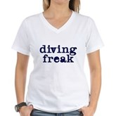 Diving Freak Women's V-Neck T-Shirt