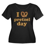 I Pretzel Pretzel Day Women's Plus Size Scoop Neck