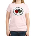 US Army - I love a man that.. Women's Pink T-Shirt
